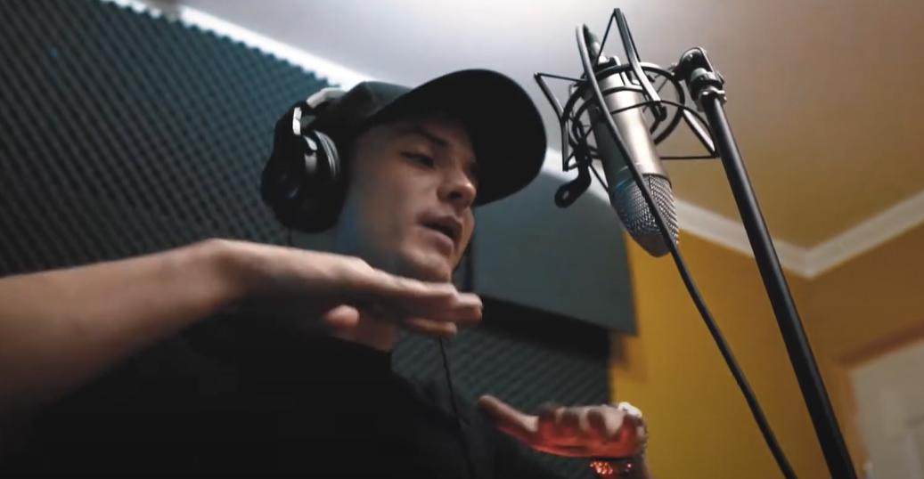 DJ ZEFIL EMLÉKBÉLYEG